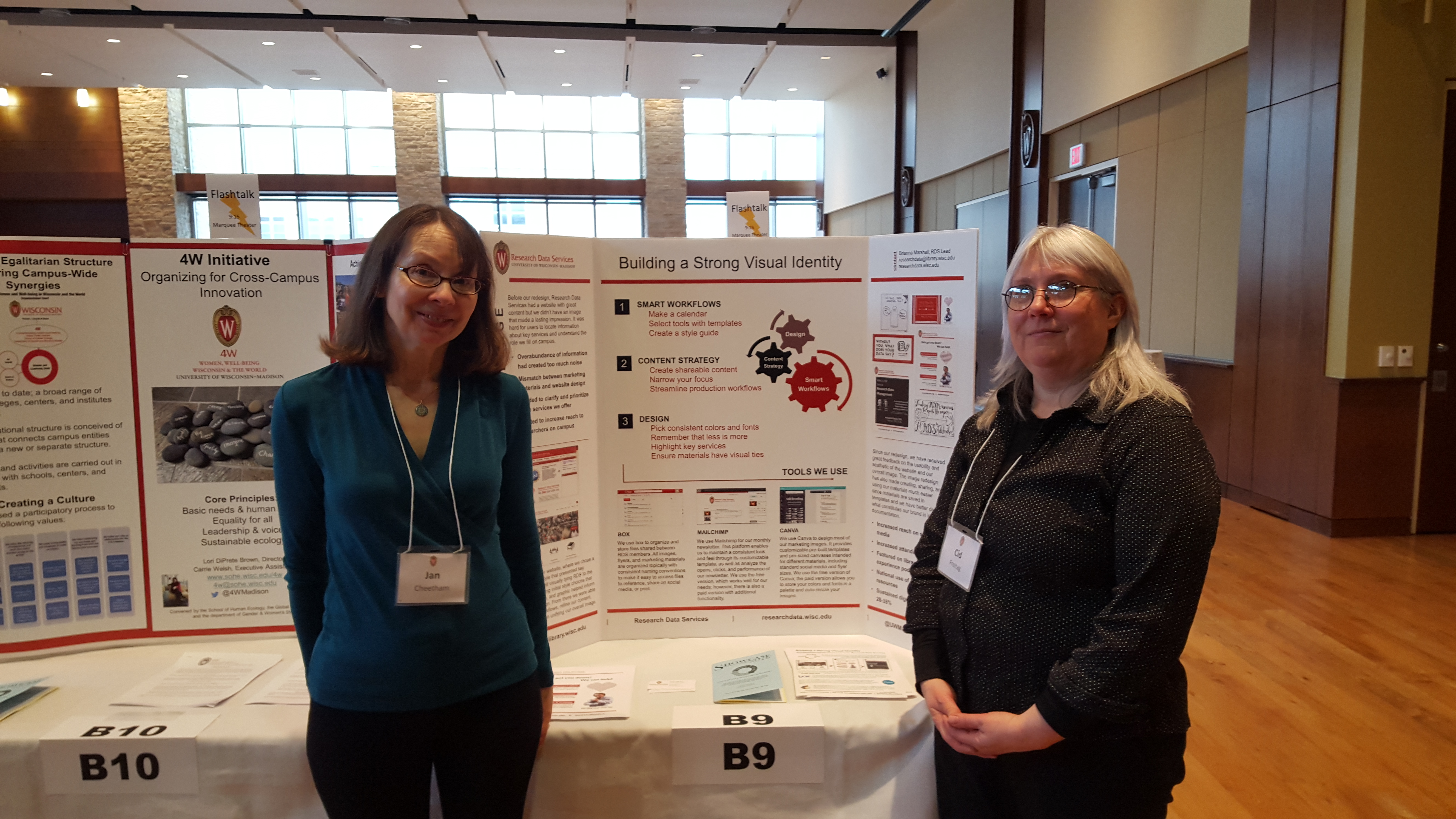 Jan Cheetham and Cid Freitag at the Research Data Services Website poster